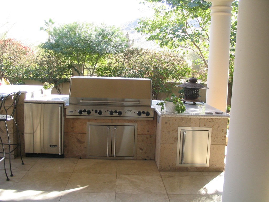 Merveilleux Finished Modern Outdoor Kitchens Set